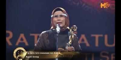 Hj. Ratu Tatu Chasanah: Moeslim Choice Award 2020